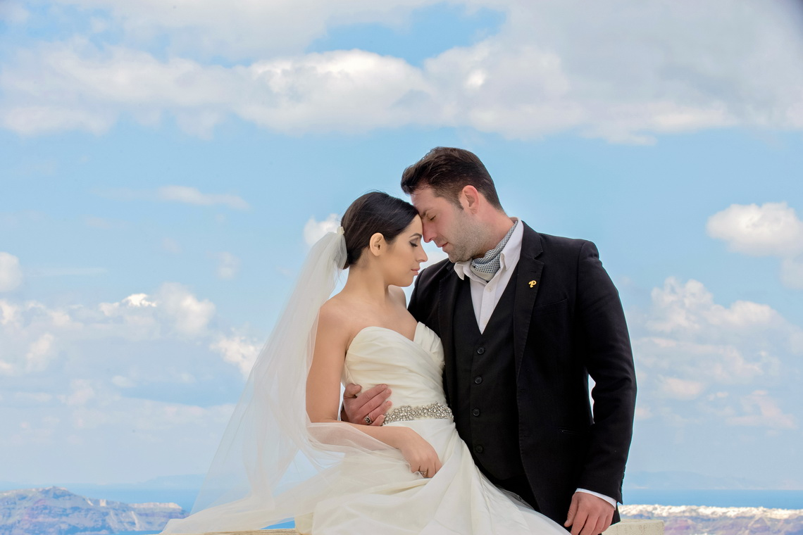 destination-wedding-photographer-santorini-22