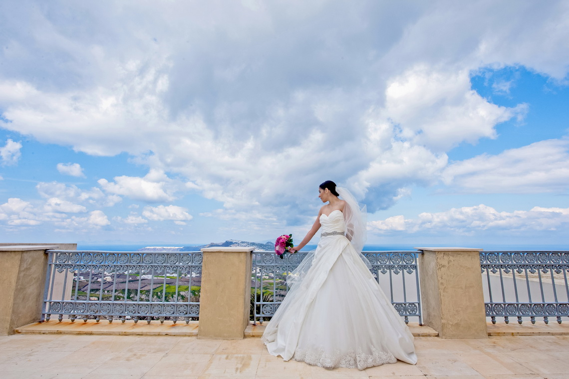 destination-wedding-photographer-santorini-25